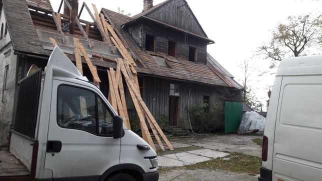 Skup desek starego drewna stodoła rozbiórka