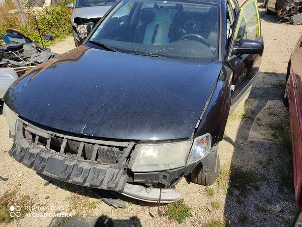 Peças VW Passat 1.9tdi 110cv, motor, caixa, porta, traseira, frente..