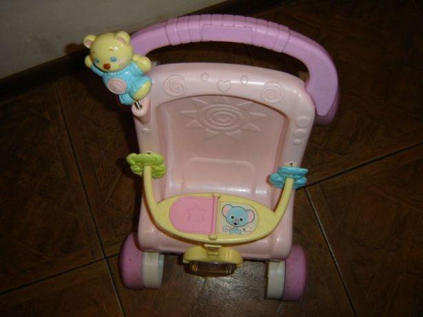 Wózek pchacz z lalką Fisher Price z dźwiękiem