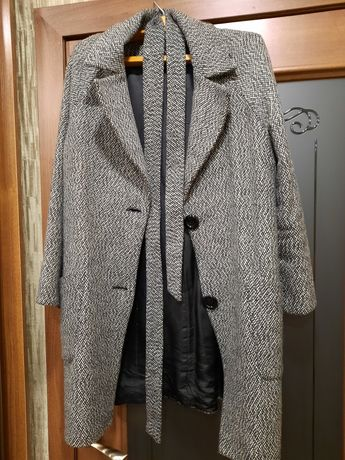 Пальто с утеплителем