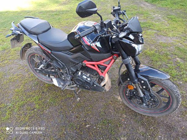Продам мотоцикл Lifan