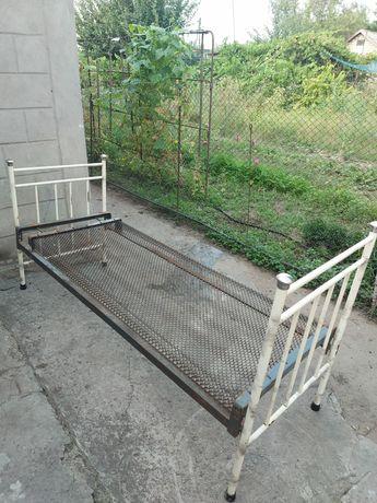 Панцирная кровать времён СССР