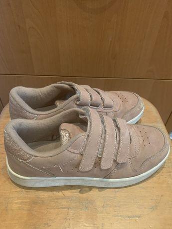 Продам кроссовки ALIVE, 33 размер, б/у