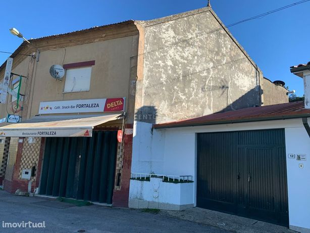 São João de Loure, Albergaria-a-Velha, Aveiro: Casa com cerca de 6000