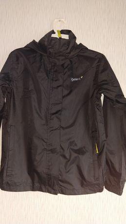 Куртка-дождевик Gelert  на 13 лет.