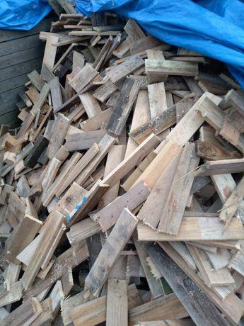 Drewno opalowe po paletach
