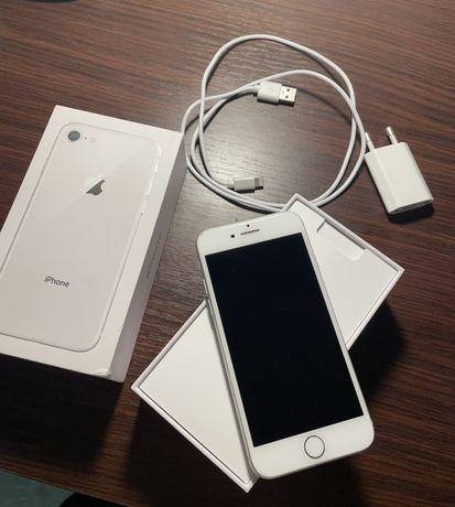 iPhone 8 Silver/Srebrny 64gb