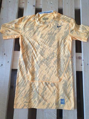 Zestaw sport t-shirt Nike procombat Zalando pitbull