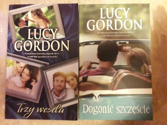 Zestaw romansów: Lucy Gordon - Dogonić szczęście, Trzy wesela Zawoja - image 1