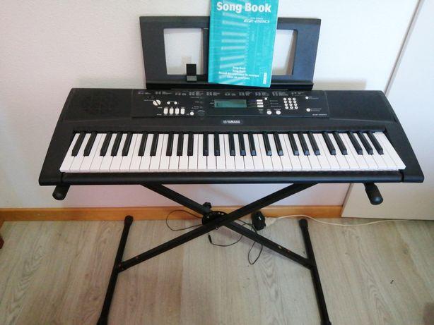 Teclado Digital Piano Yamaha