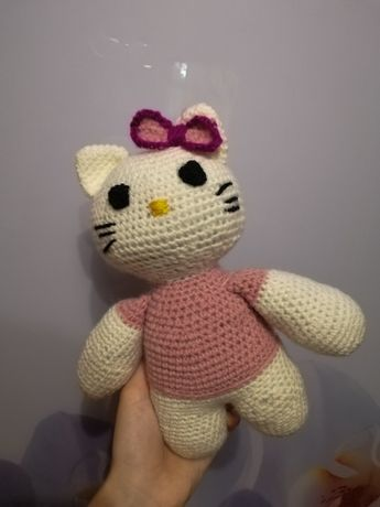 Вязаная игрушка Hello Kittу