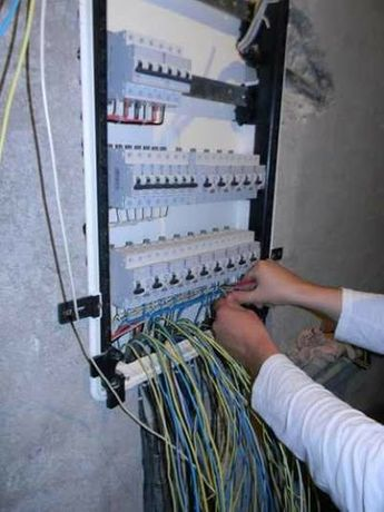 Услуги электрика под ключ, сантехника под ключ,