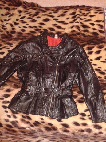Косуха фирменная р.50-р.52 чёрная, куртка кожаная