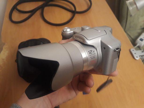 Aparat fotograficzny cyfrowy Panasonic LUMIX DMC-FZ7
