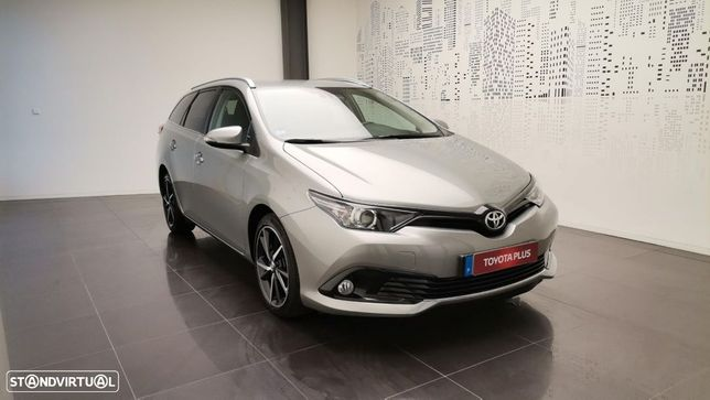 Toyota Auris Touring Sports 1.4D Comfort Pack Techno Pack Sport TS