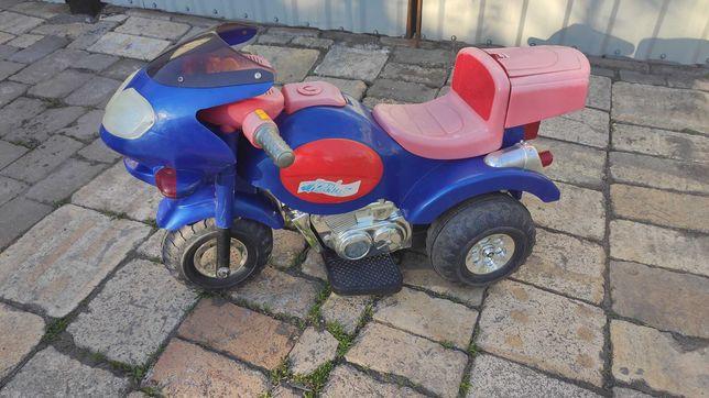 Детский мотоцикл на аккумуляторе 990 руб
