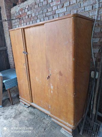 Stara szafa z lat 60 tych 3 drzwiowa do renowacji
