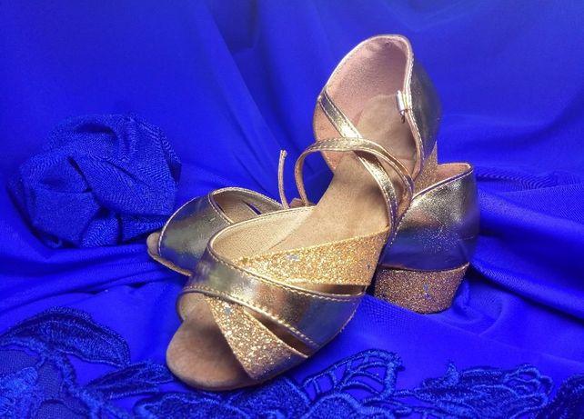 Новые туфли для бальных танцев 24-35р, бальная обувь, бальные туфли.