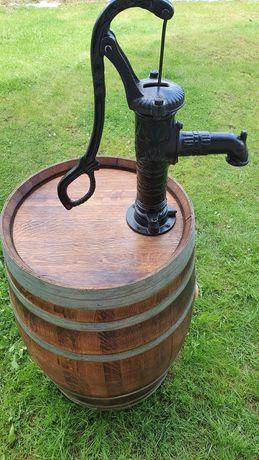 Pompa ogrodowa abisynka z beczką dębową na deszczówkę