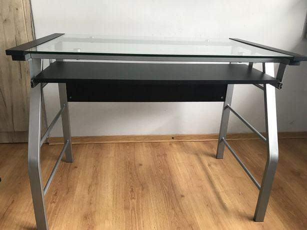 Szklane, czarne biurko