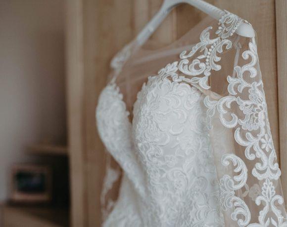 suknia ślubna długi rękaw litera A tiulowa ecru koronkowa r.36-38