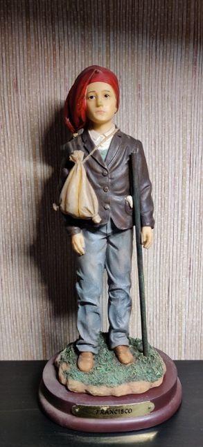 Estatueta Francisco em marfinite-Louças Falcão;Bom estado; 26 cm