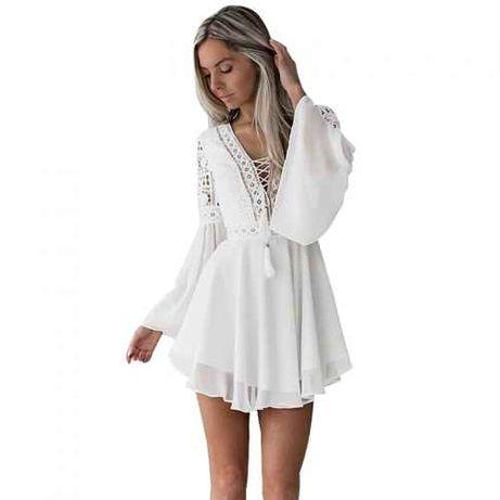 Szyfonowa sukienka z pięknymi rękawami