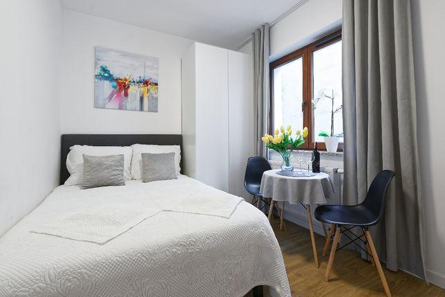 Noclegi pokoje do wynajęcia apartamenty mieszkania na doby na praktyki