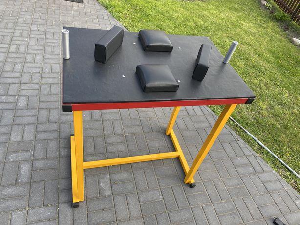 Stół armwrestling do siłowania na rękę
