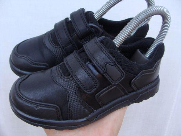 кроссовки Nike huarache Clarks оригинал,р.27,стелька-16.5 см