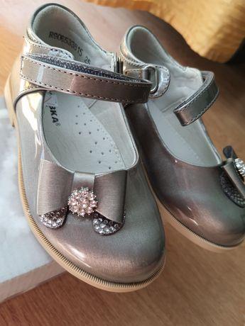 Туфли лаковые детские