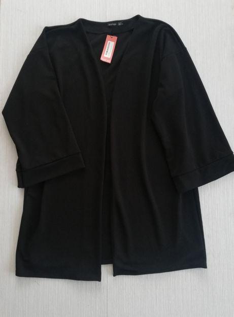 Czarna narzutka z szerokimi rękawami r. 54