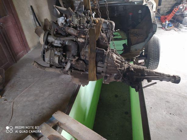 Двигатель Москвич 412 иж 2140 азлк с коробкой