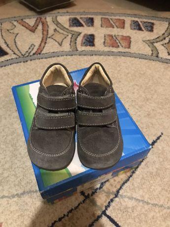 Весенние первые ботиночки PRIMIGI
