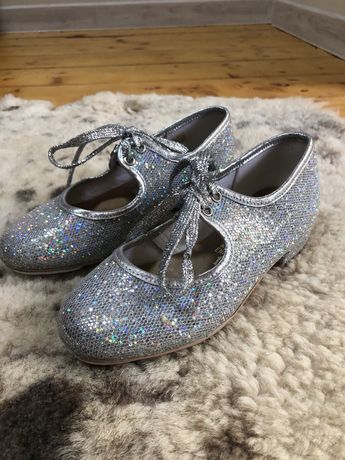 Туфли для девочки танцевальные степ, чечетка 18 см блестящие