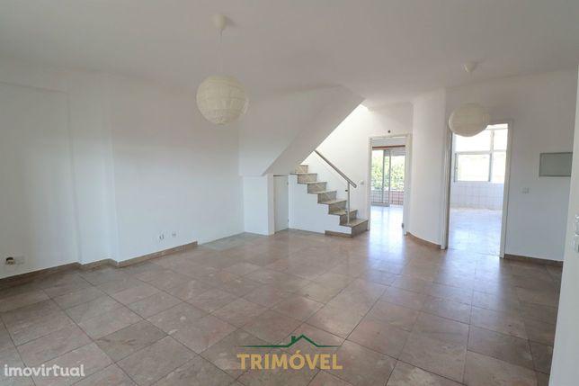 Apartamento T1+2 Duplex, São João da Madeira