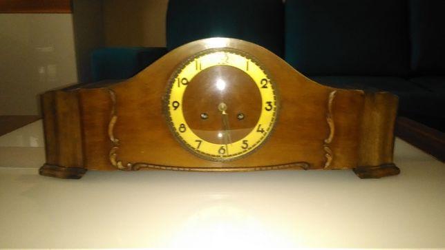 Zegar kominkowy powojenny