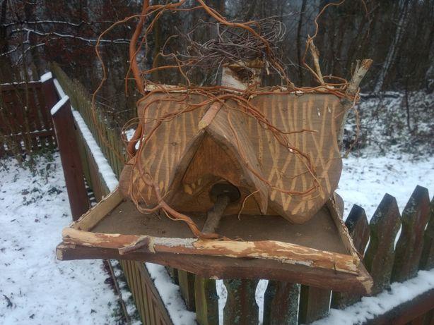 Duży karmnik dla ptaków