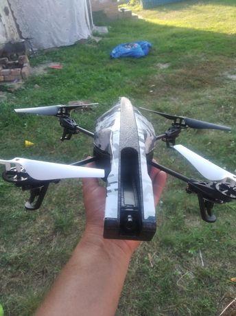 Продам дрон Parrot AR.Drone 2.0