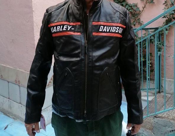 Продам кожаную курточку для мотоцикла