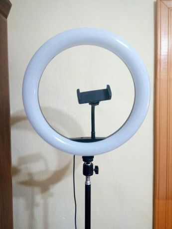 Кольцевая ЛЕД лампа(33 см)+штатив 2.0 м, пульт управления и USB