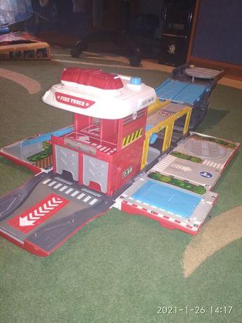 Пожарная машина гараж