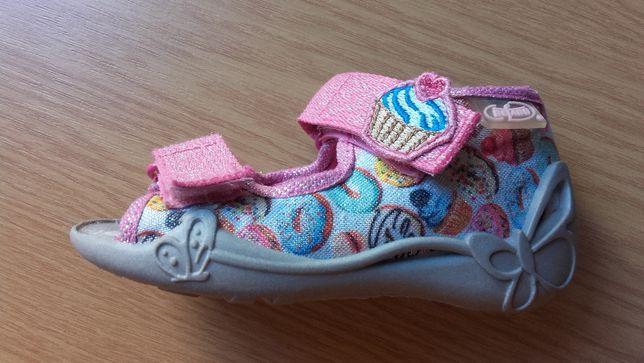 kapcie sandałki Befado roz. 20