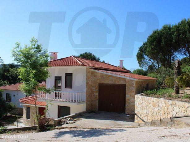 Moradia em remodelação - Salgueirinha - 260000€ - Terreno...