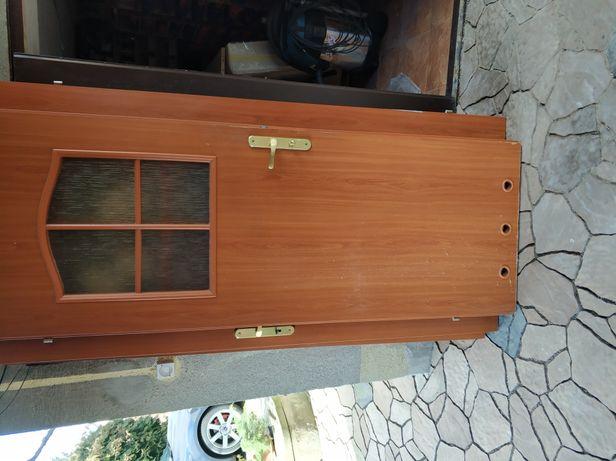 Drzwi wewnętrzne do łazienki kolor jabłoń 70