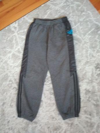 Spodnie dresowe Adidas rozm. 152