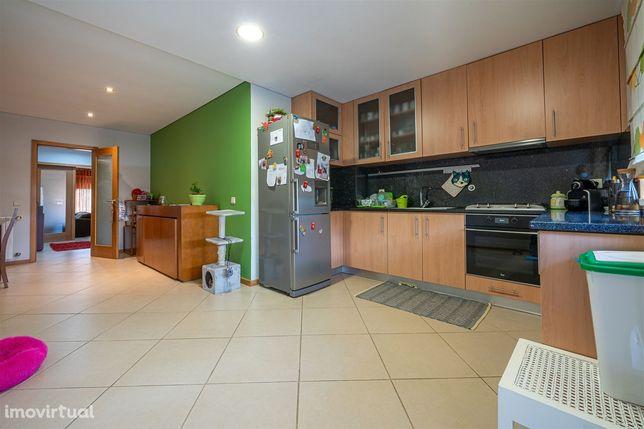 Apartamento T3 Venda em São Martinho da Gândara,Oliveira de Azeméis