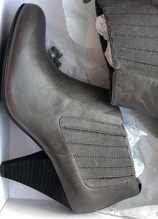 Кожаные ботинки ботильоны Buffalo