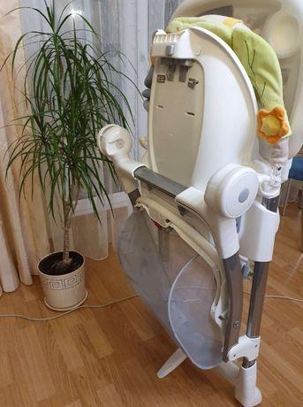 Продам стульчик для кормления итальянской фирмы Cam