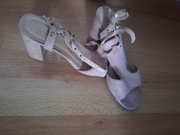 Sandały 2szt w cenie 1